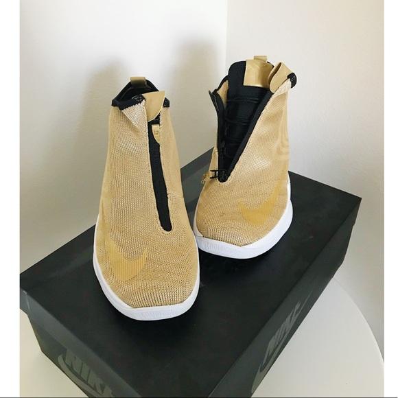 new style 9c6db 2ca7c Nike Gold Metallic Zoom Kobe Icon JCRD